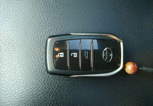 丰田2014款 4.0L 自动 四驱 TX-L (国Ⅳ)