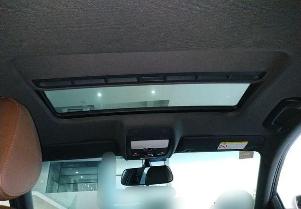 奥迪A4L 2015款 2.0T 自动 舒适型 (国Ⅳ)