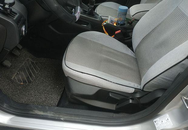 福特福克斯 2012款 1.6L 手动 舒适型 (国Ⅳ)