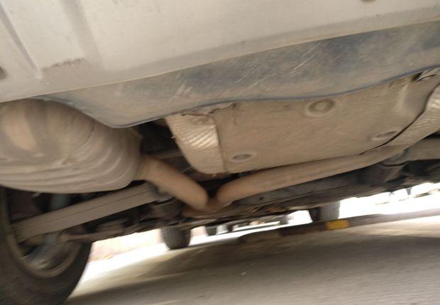 奥迪Q5 2010款 2.0T 自动 四驱 汽油 舒适型 (国Ⅳ)