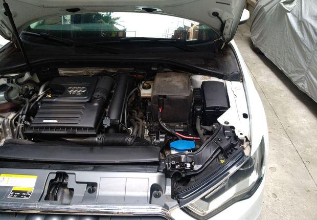 奥迪A3 35TFSI 2016款 1.4T 自动 汽油 风尚型Sportback (国Ⅴ)