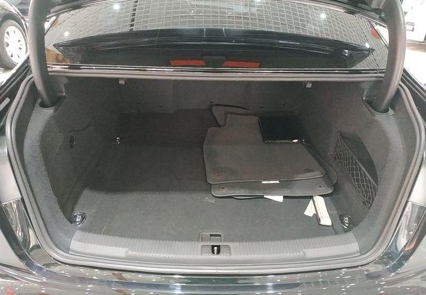 奥迪A6L 50TFSI 2014款 3.0T 自动 豪华型 (国Ⅳ)