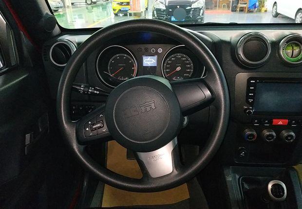 北京汽车40 2014款 2.4L 手动 四驱 拓疆版 (国Ⅳ)